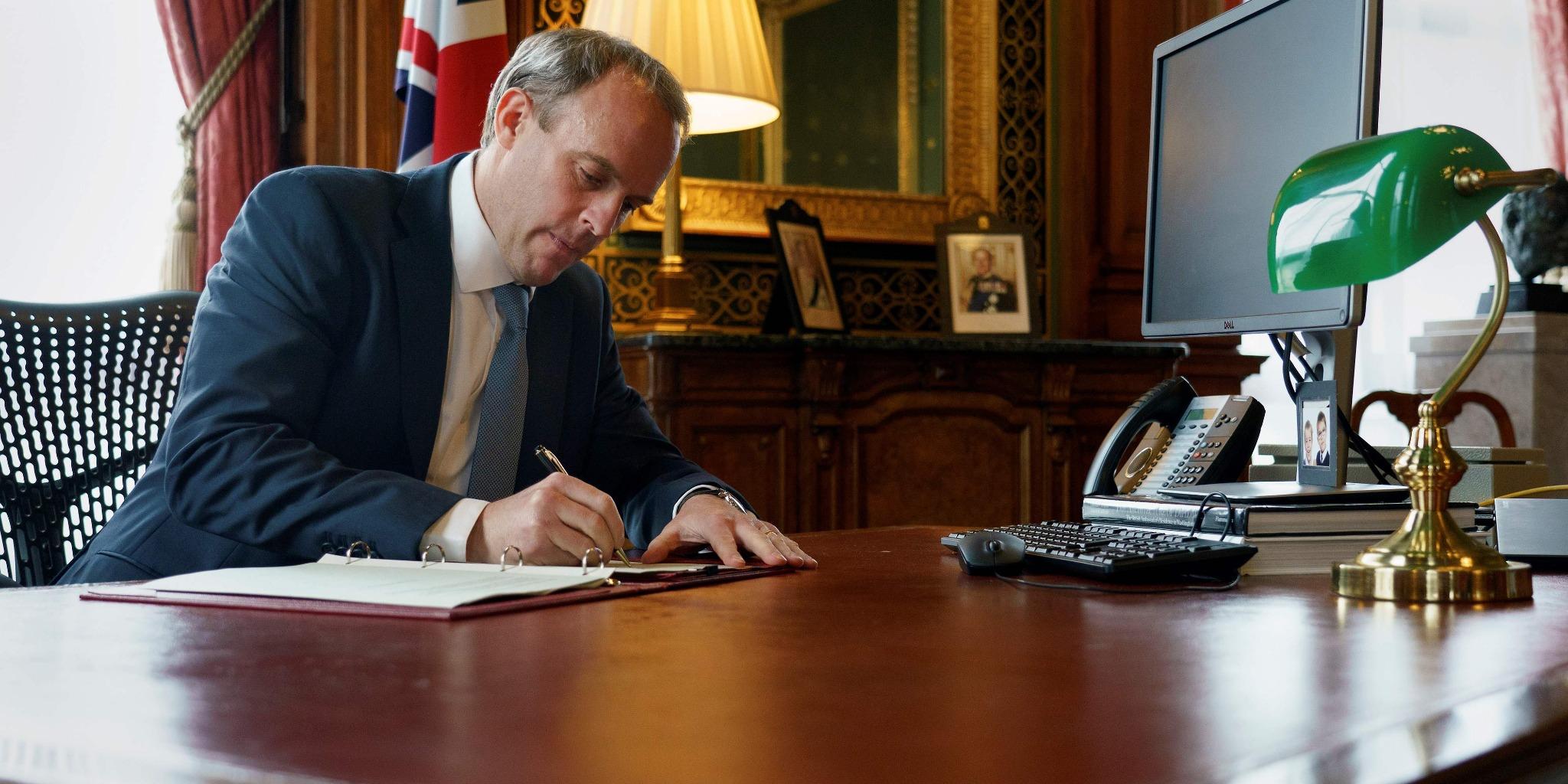 英國宣布向盧卡申科等8人實施制裁