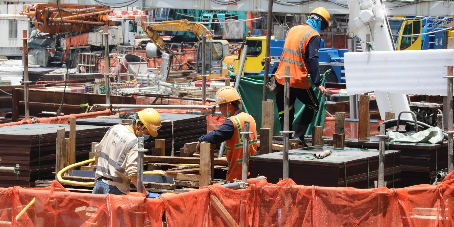 HK to provide free virus testing service to construction site workers