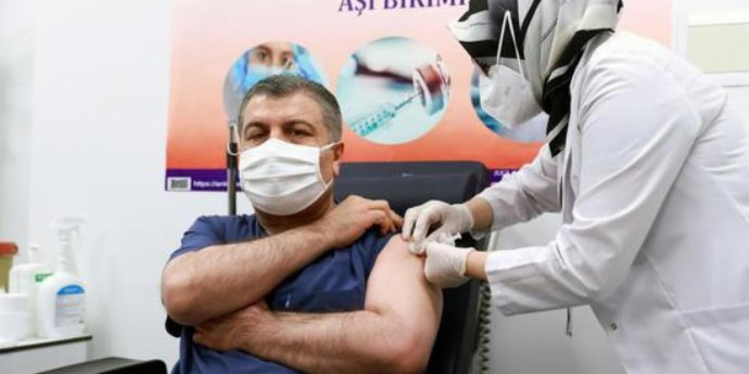 Turkish health minister gets jab of Chinese vaccine ahead of national rollout
