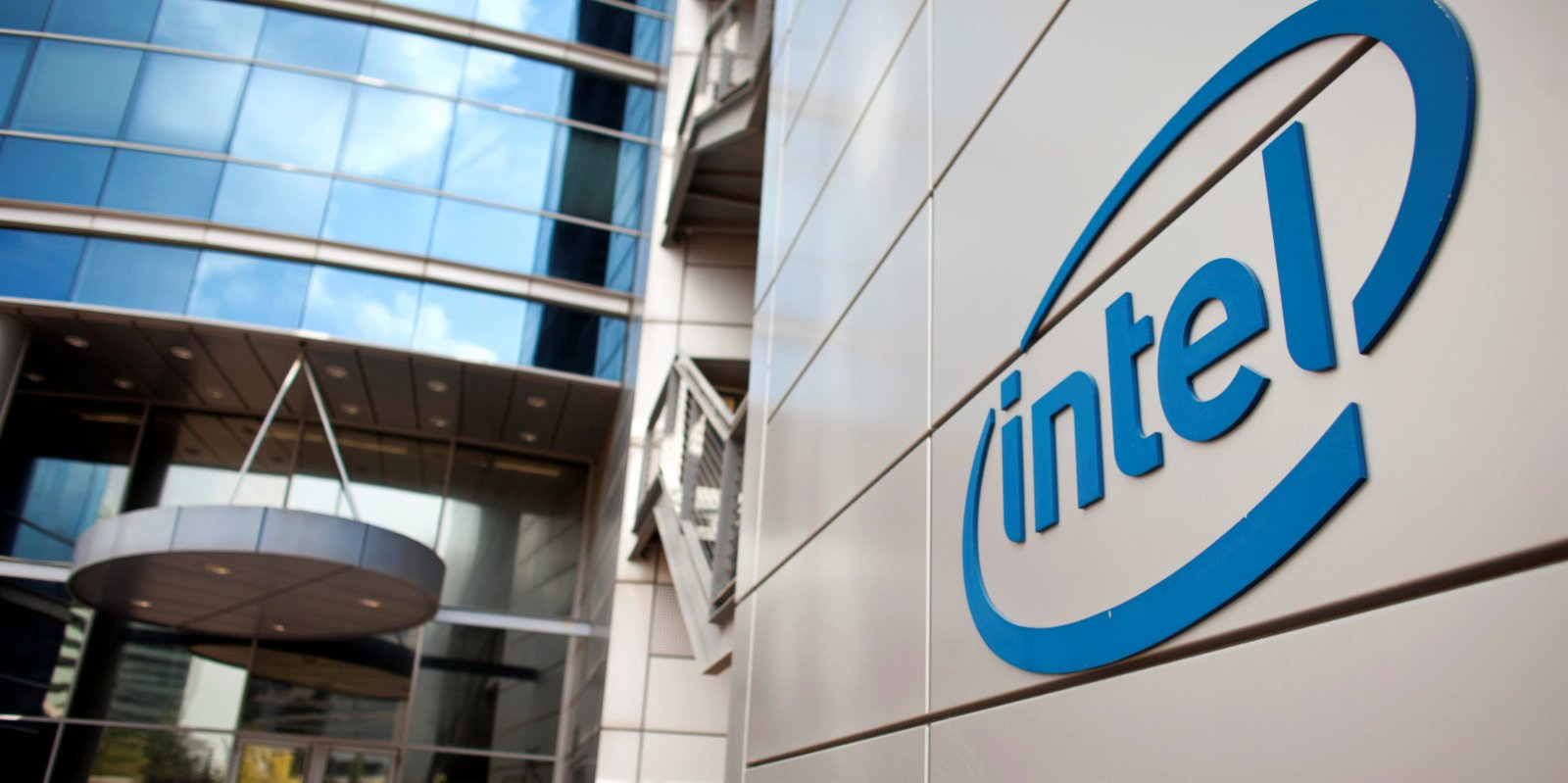 Intel Ousts CEO and names successor