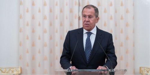 俄外長:俄中兩國疫情中互助 正緊密合作研製疫苗