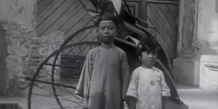 OMG | 100 years ago! Chinese boy reacts to stereotypes of Chinese in English