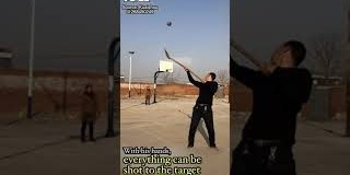 OMG | Chinese farmer shoots the ball with a shovel