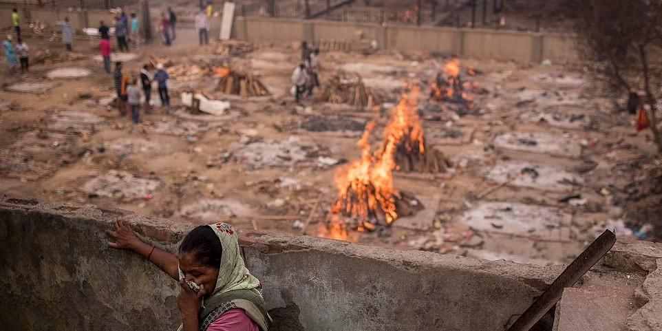 印度連續22天單日增逾30萬宗確診 再多4120人不治