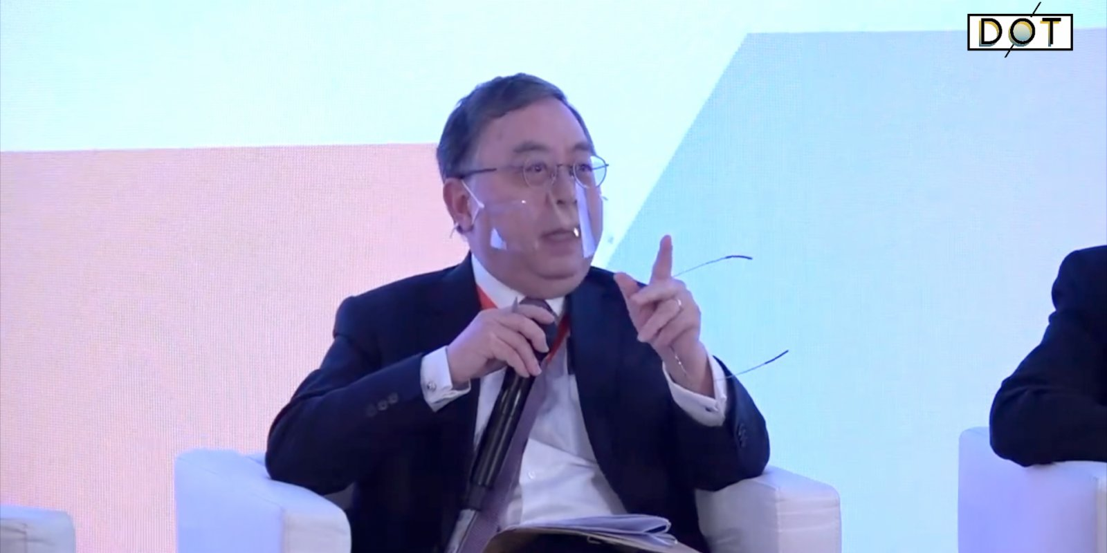 Watch This | HK media, educators 'poisoned' young people: Real estate magnate