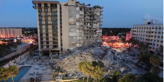 At least 3 dead, 99 possibly missing in U.S. Florida building collapse