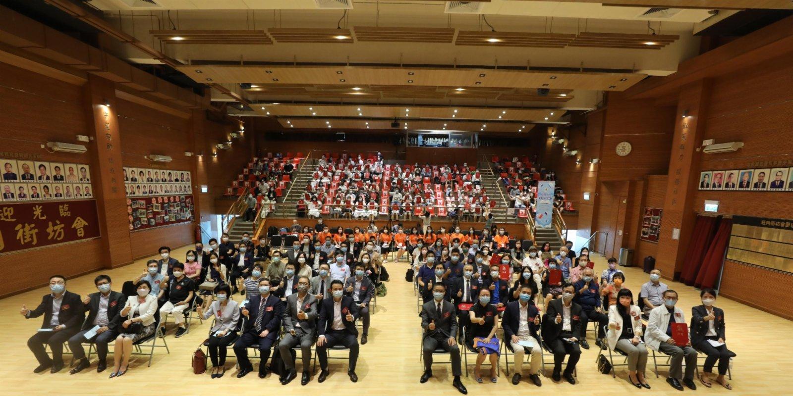 (有片)魯青獎香港賽區頒獎禮舉行 激發青少年文學創作夢