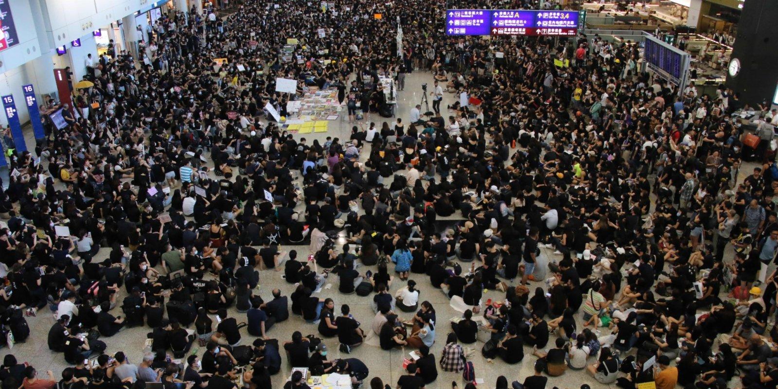 熱點追蹤 (多圖)亂港工會黑名單 職工盟「走唔甩」