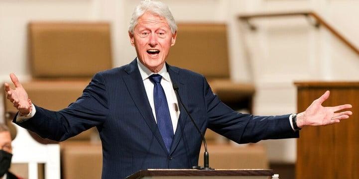 美國前總統克林頓因血液感染入院